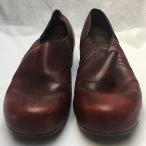 Dansko Brown Unisex Mules/Clogs Size 38
